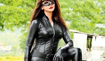 'Bhabi Ji Ghar Par Hain' Actress Saumya Tandon Turns Sexy Catwoman