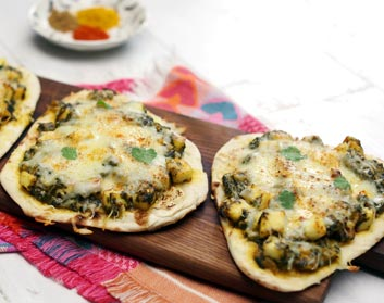 Palak Paneer Mini Pizzas