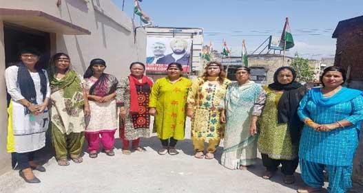 कांग्रेस की महिला विंग ने आसिफा के कातिलों को फांसी देने की मांग की