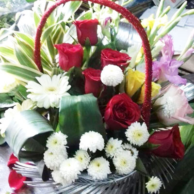 Mix Flowers Basket Small